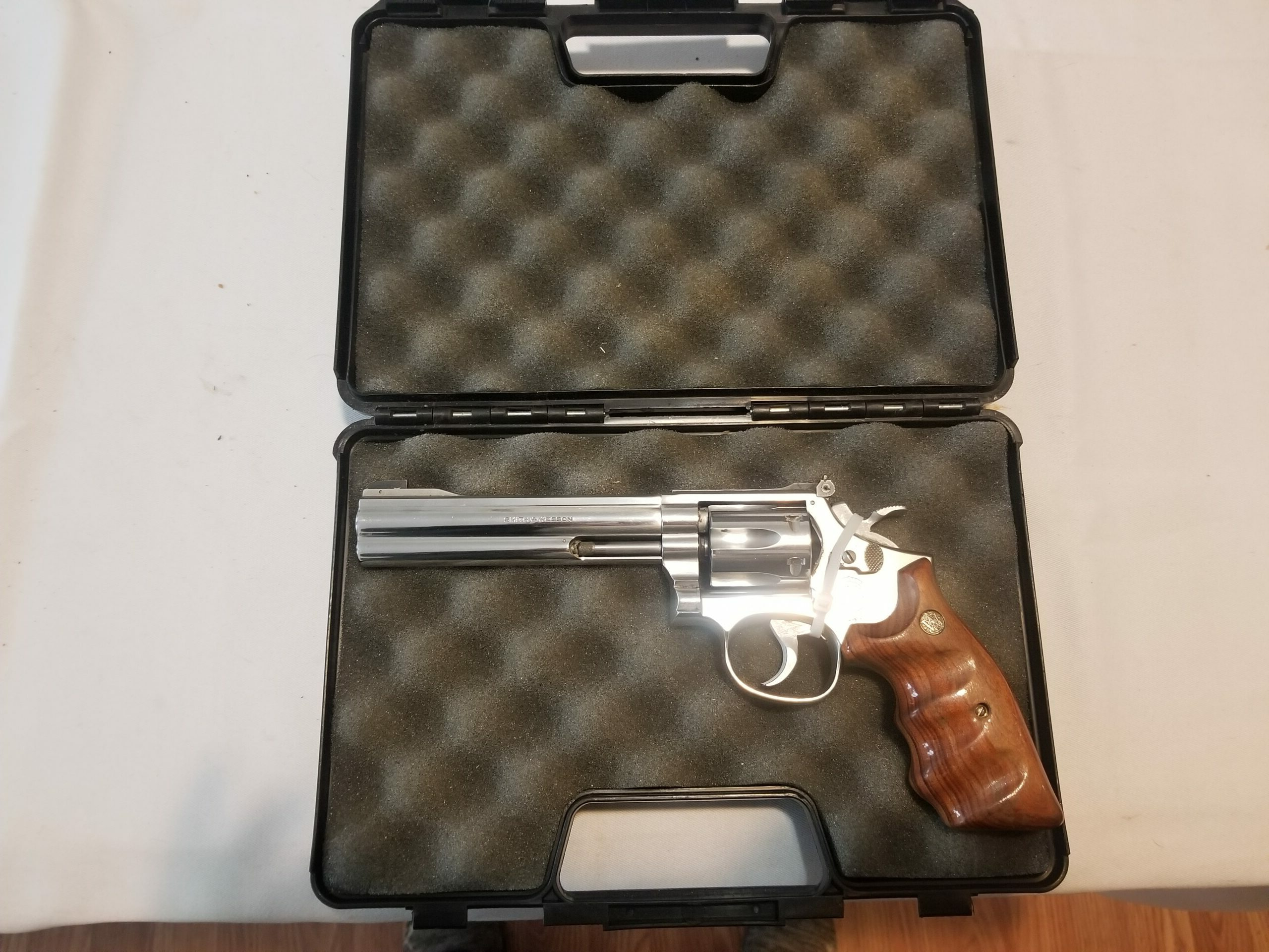 Smith & Wesson Model 617 .22 LR Revolver